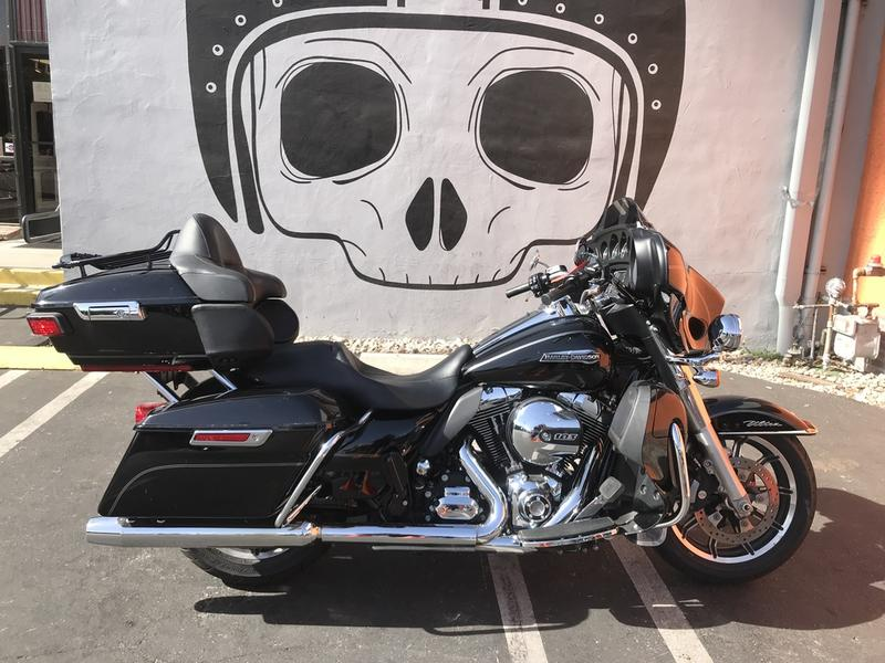 Pre-Owned 2015 Harley-Davidson FLHTCUL - Electra Glide Ultra Classic Low